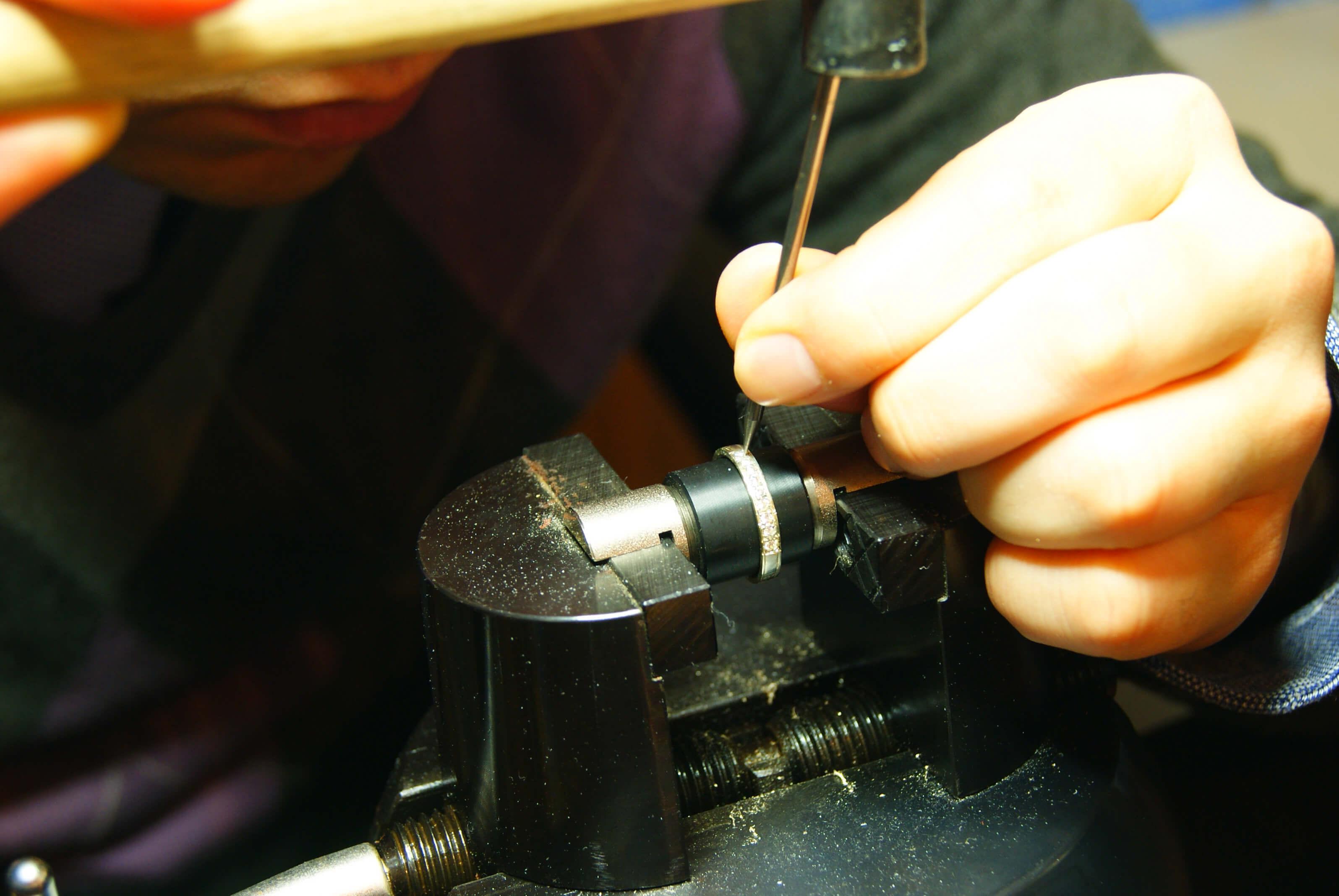 オーダーメイド・製法 | 地金加工 | かざりやゆい | 世界に一つだけの結婚指輪「kazariya Yui」 | 福島県郡山市