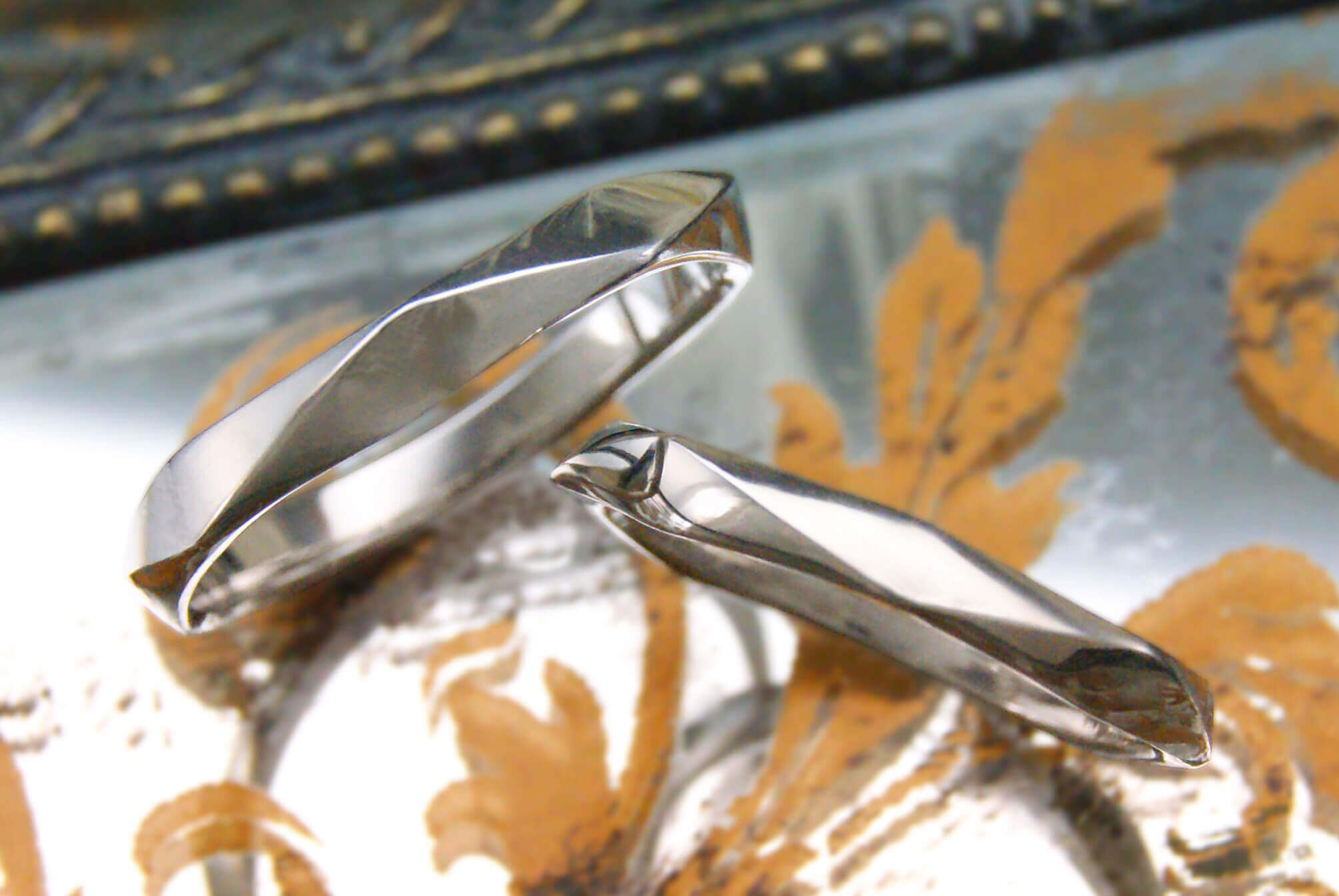 デザイン | スタイリッシュ | かざりやゆい | 世界に一つだけの結婚指輪「kazariya Yui」 | 福島県郡山市