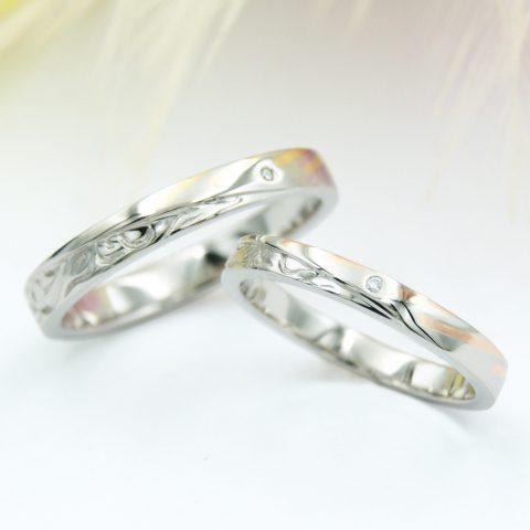 流れ星とハワイアンジュエリーのアシンメトリーの結婚指輪/kazariyaYui福島県郡山市