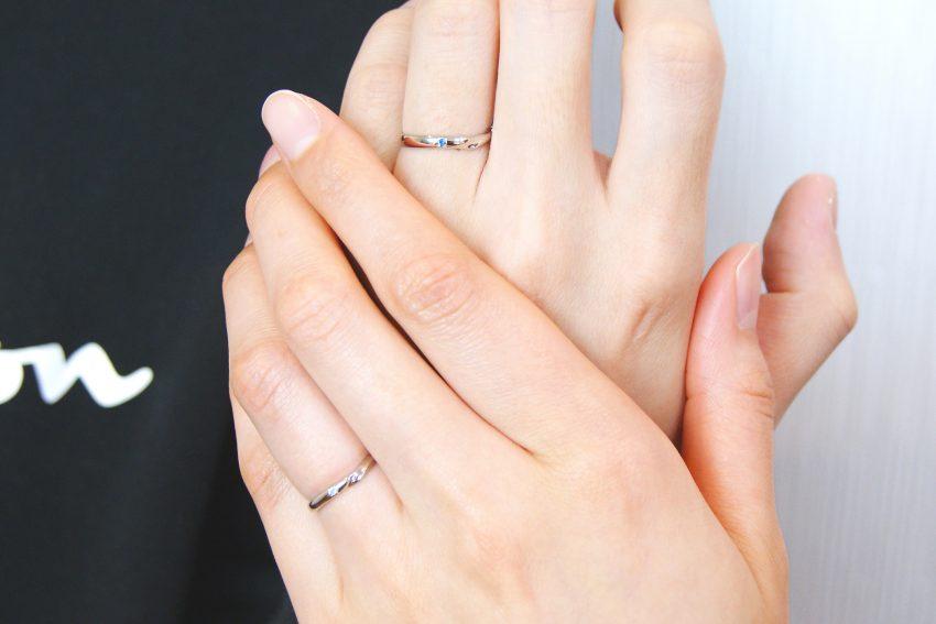 二本松市からお越しの佐藤さんご夫妻の結婚指輪の手のアップ/kazariyaYui福島県郡山市