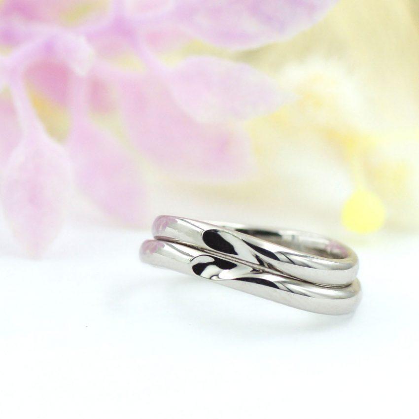 ハートが浮かび上がるシンプルな結婚指輪/kazariyaYui福島県郡山市