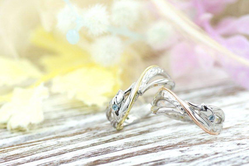 植物の曲線をモチーフにしたクロスリングの結婚指輪/kazariyaYui福島県郡山市