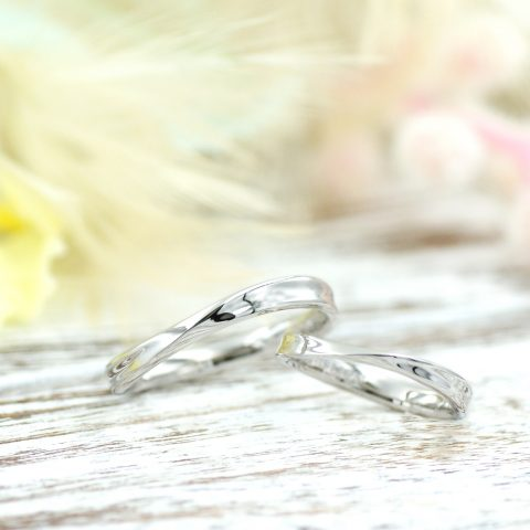メビウスの輪モチーフの結婚指輪/kazariyaYui福島県郡山市